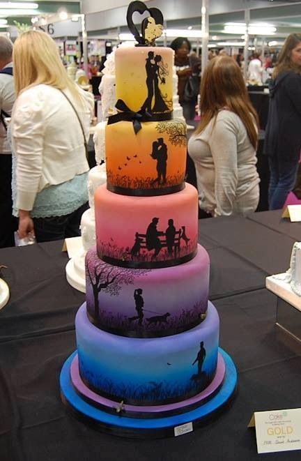 A unique wedding cake design