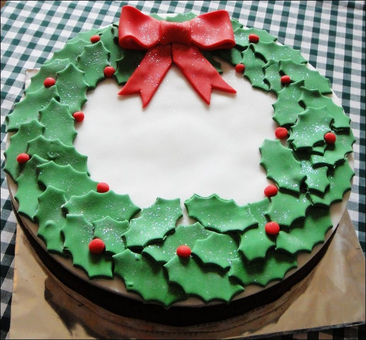 Holly And Berry Cake Decorations