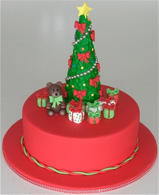 Cake Decorating Ideas Outdoors : 25 Easy Christmas Cake Decorating Ideas
