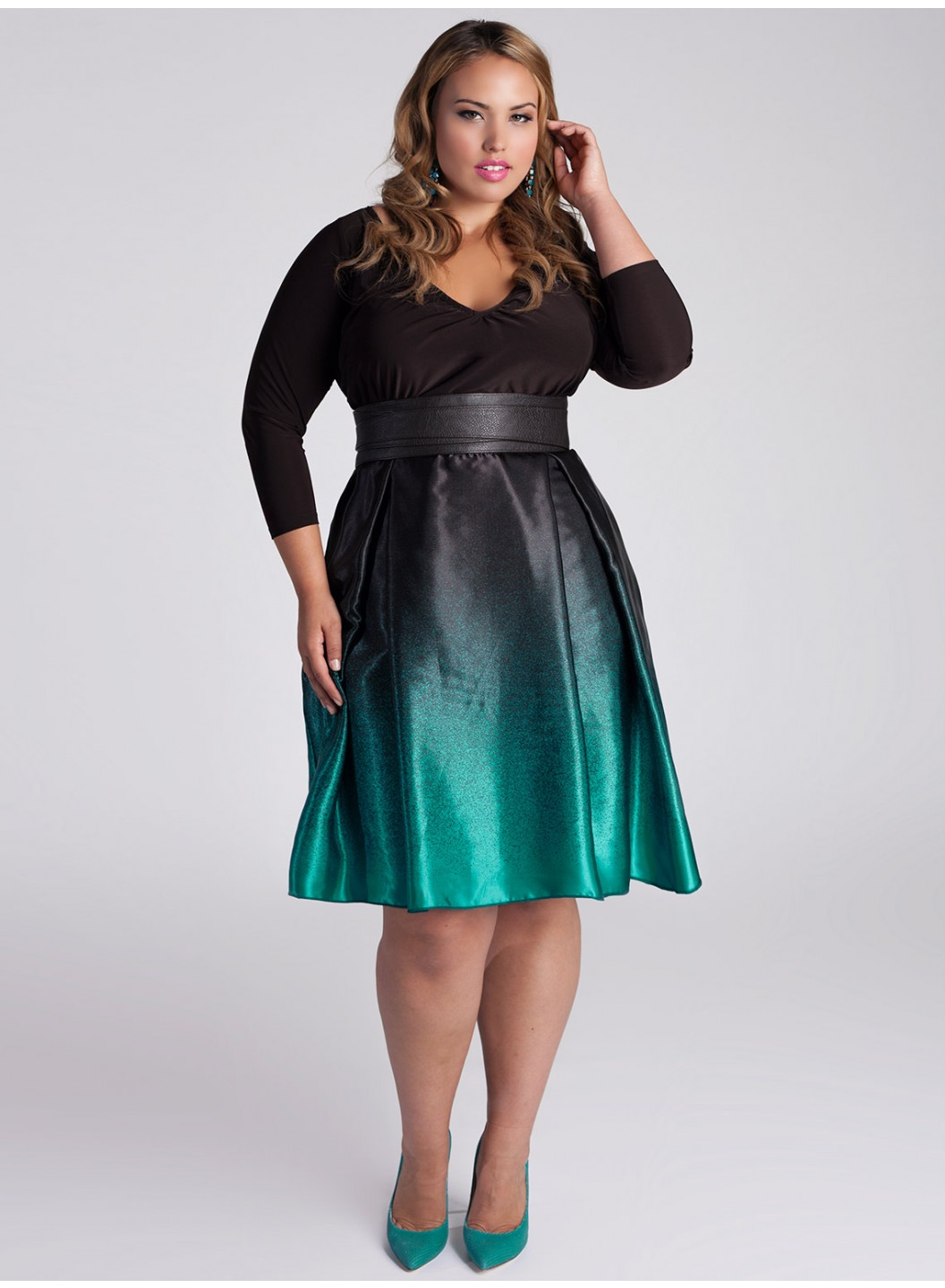 Plus-Size-Wedding-Guest-Dresses