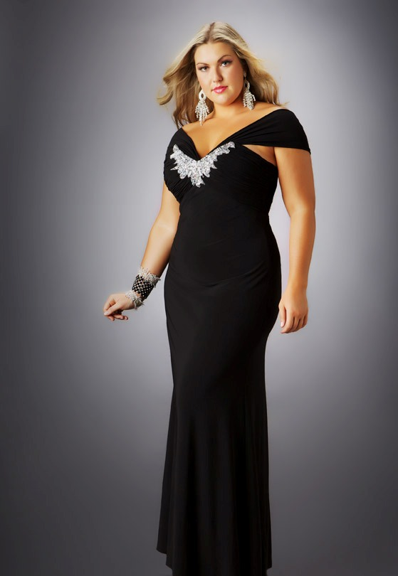 formal-plus-size-dresses