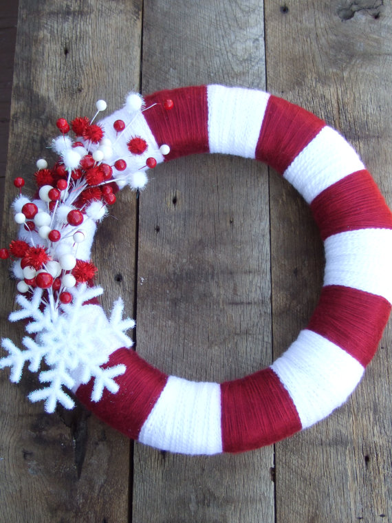 red and white yarn wreath