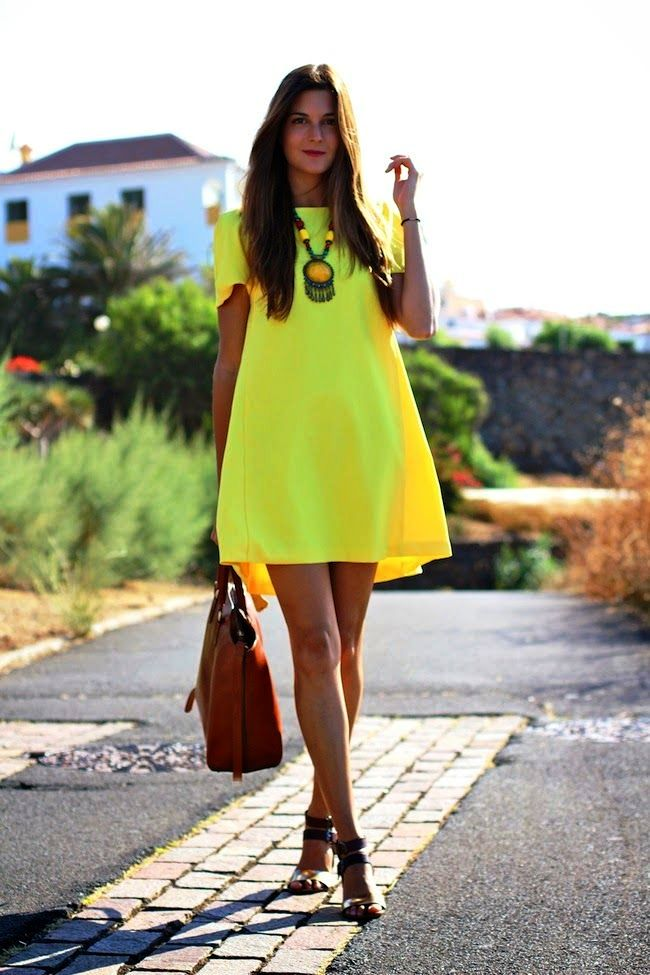 22-yellow colored outfit ideas for women