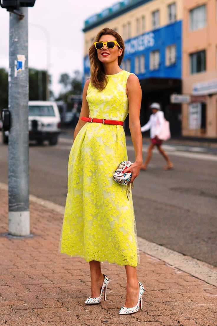 25-yellow colored outfit ideas for women