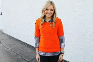 25 Orange Outfit Ideas For Women To Wear