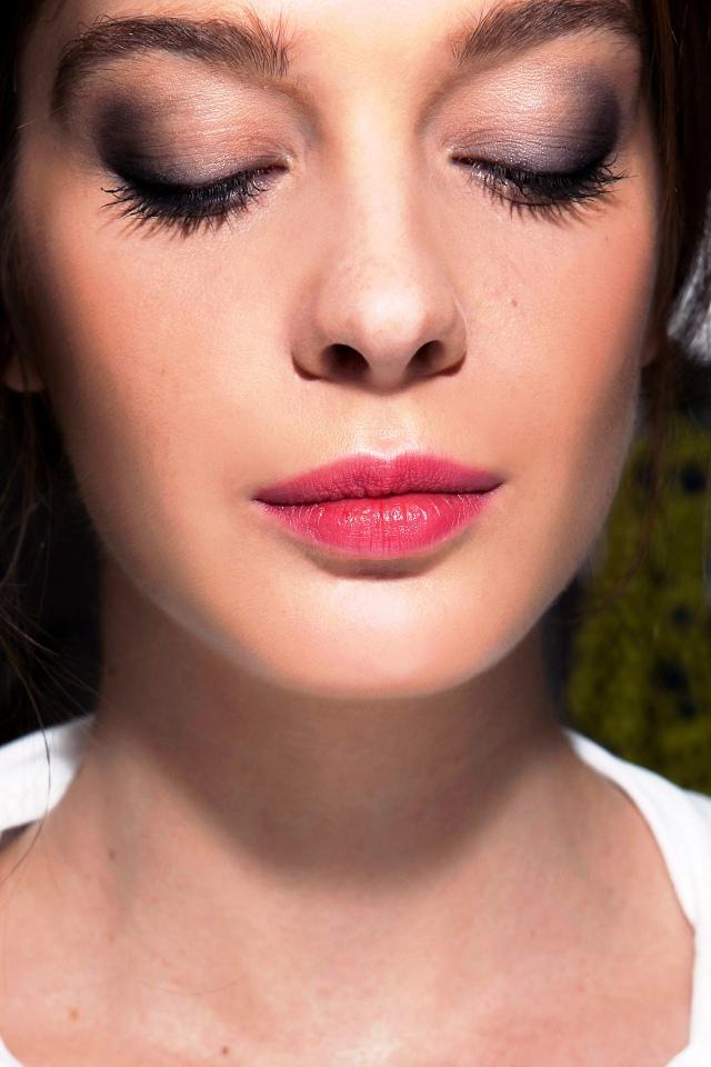 1-Glamorous pink lipstick makeup ideas