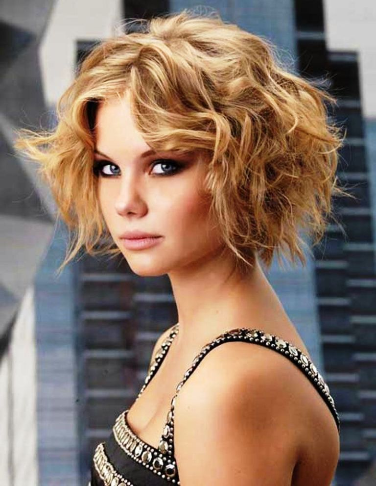 1-wavy-hairstyles-for-women