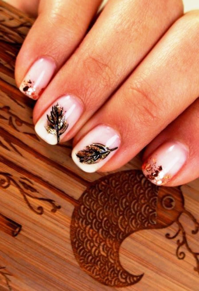 10-beautiful-feather-nail-art-designs