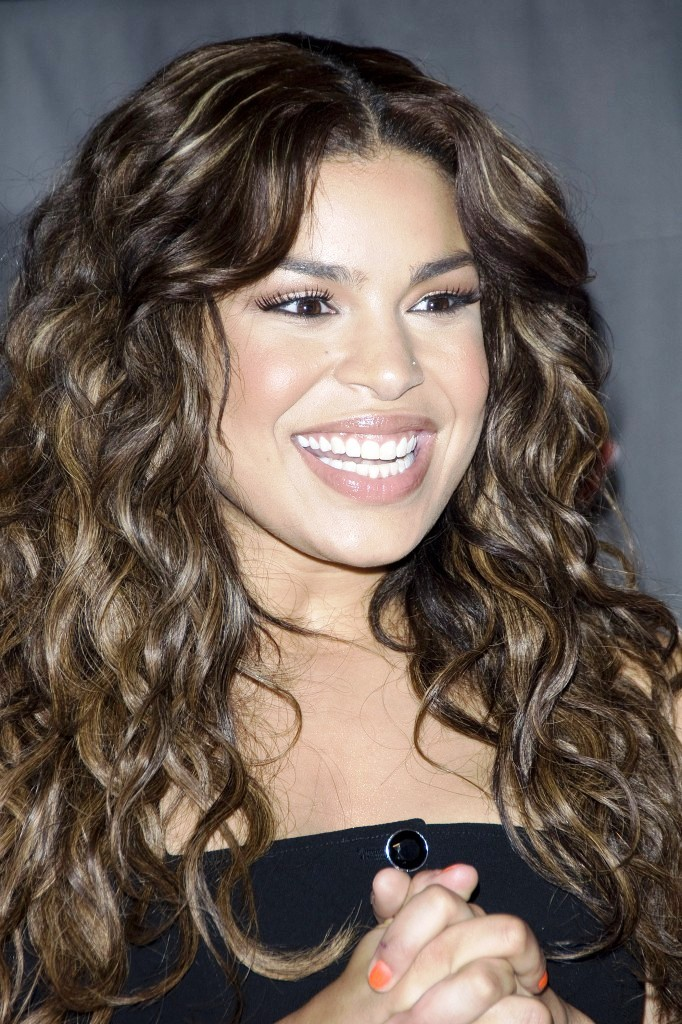 12-long-curly-hairstyles