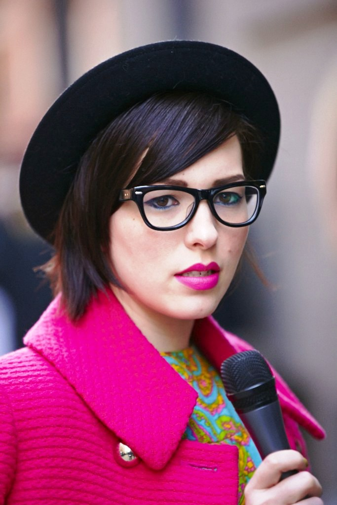 14-Glamorous pink lipstick makeup ideas