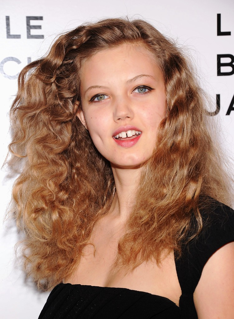 14-long-curly-hairstyles
