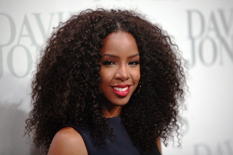 20 Best Long Curly Hairstyles