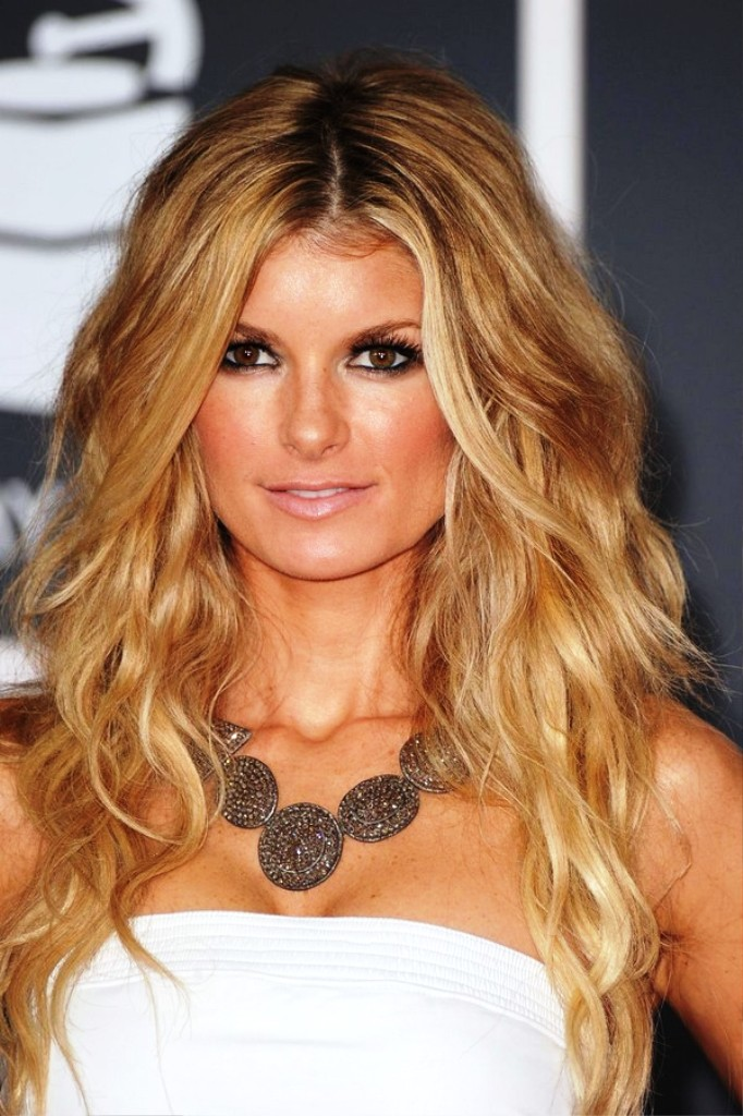 4-wavy-hairstyles-for-women