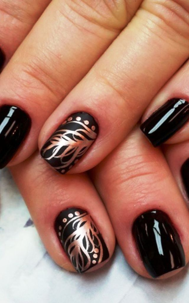 6-beautiful-feather-nail-art-designs
