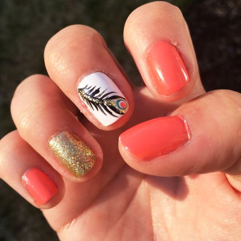 8-beautiful-feather-nail-art-designs