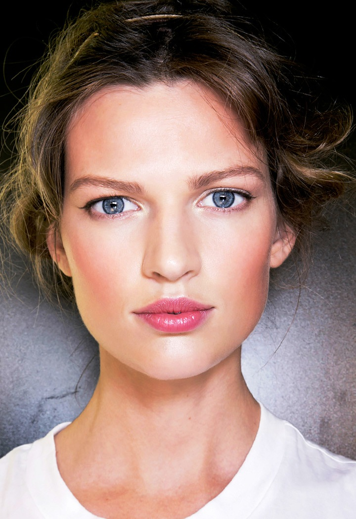 9-Glamorous pink lipstick makeup ideas
