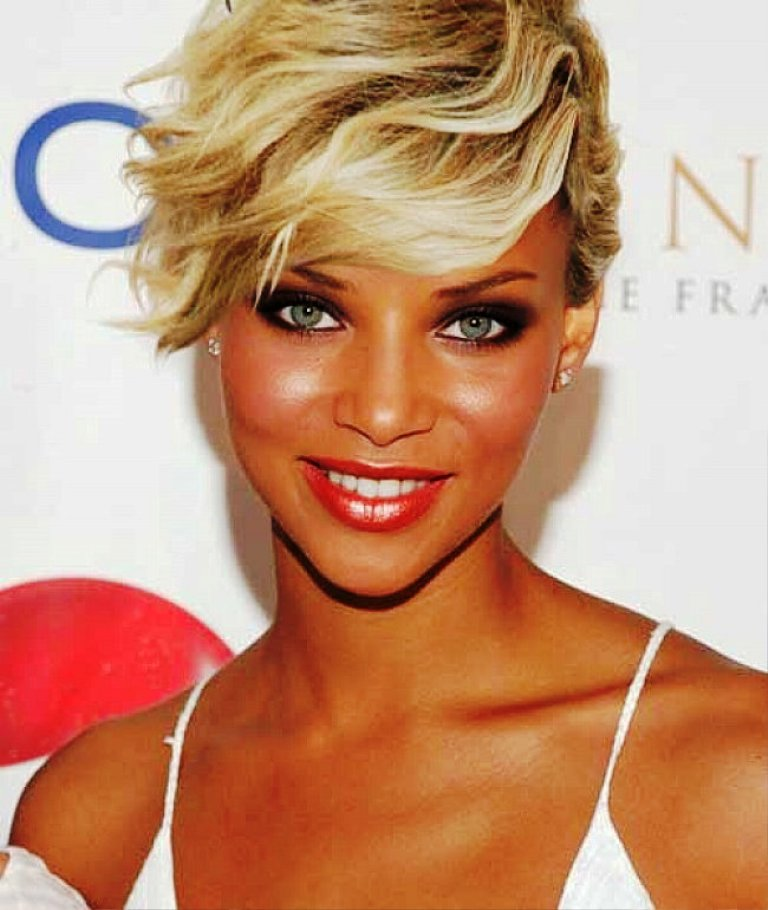 9-wavy-hairstyles-for-women
