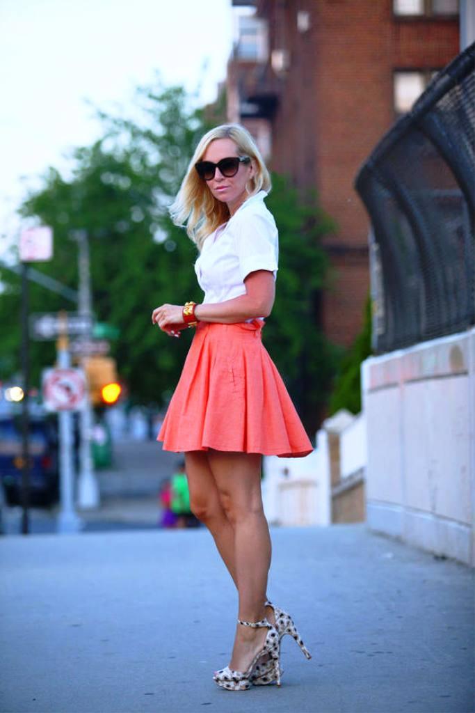 1-beautiful-ways-to-wear-skirts
