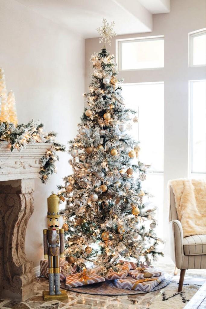12-charming-christmas-tree-decorating-ideas