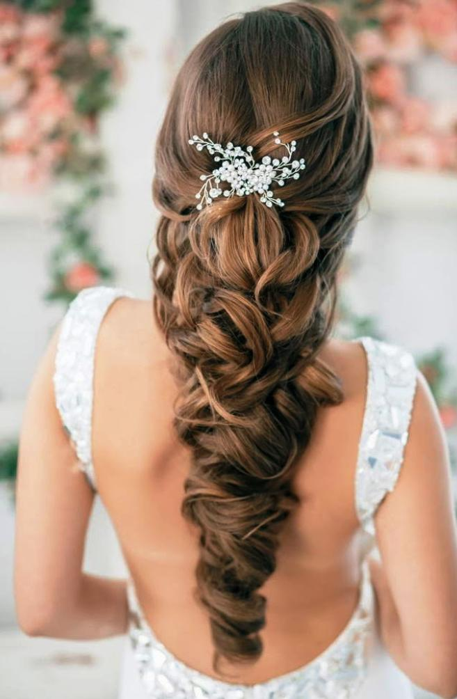 12-elegant-half-up-half-down-curly-hairstyles