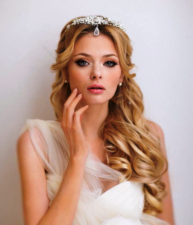 13-gorgeous-wedding-hairstyles