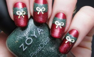 20 Glitter Nail Art Ideas In Christmas Spirit