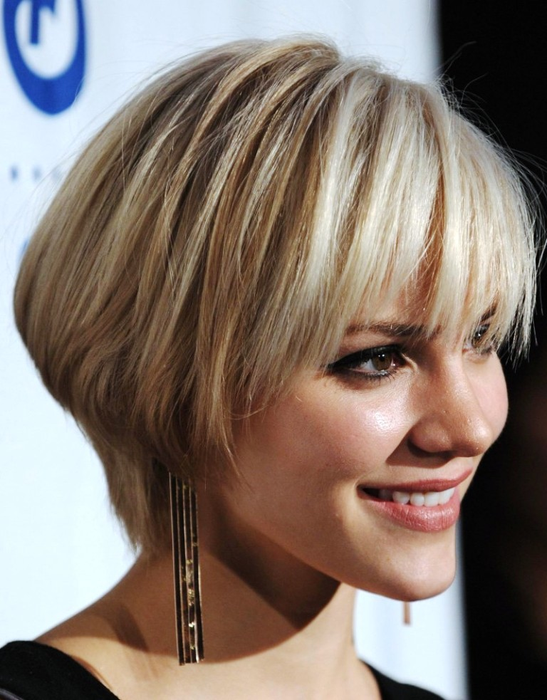18-short-layered-hairstyles
