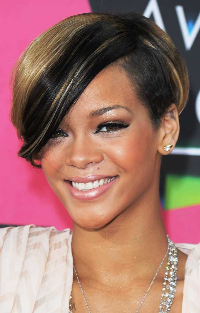 2-chicest-short-hairstyles-for-girls