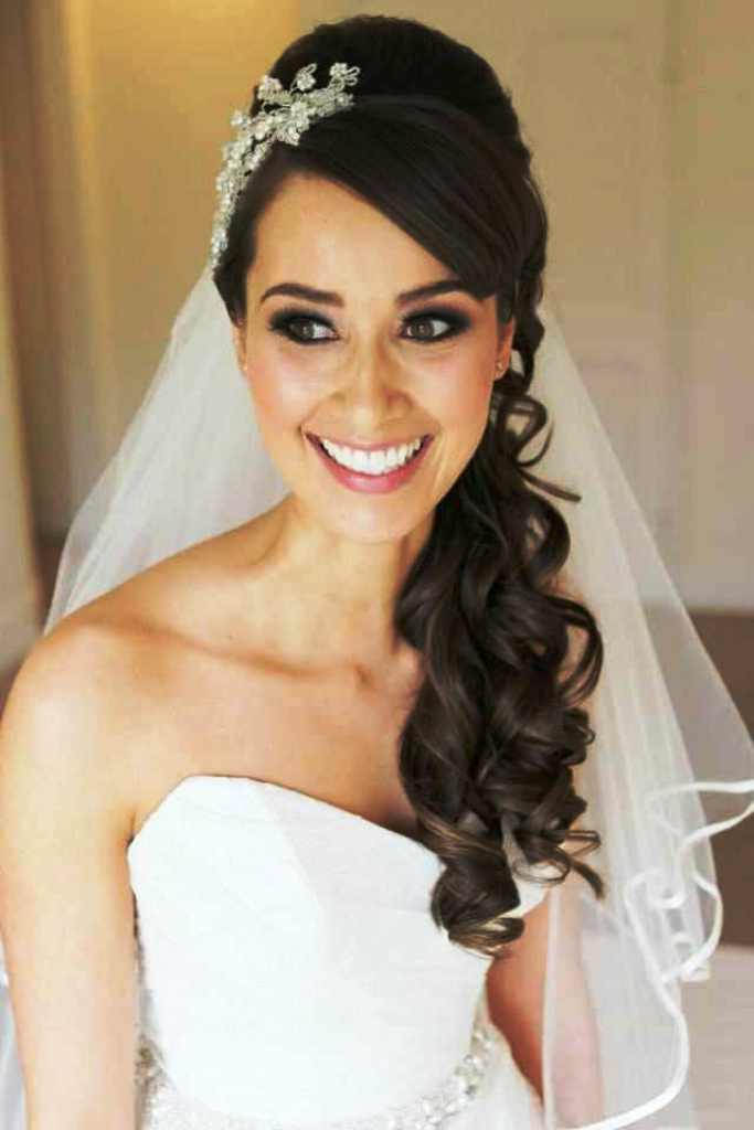 21-gorgeous-wedding-hairstyles