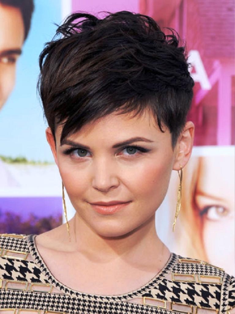 5-chicest-short-hairstyles-for-girls