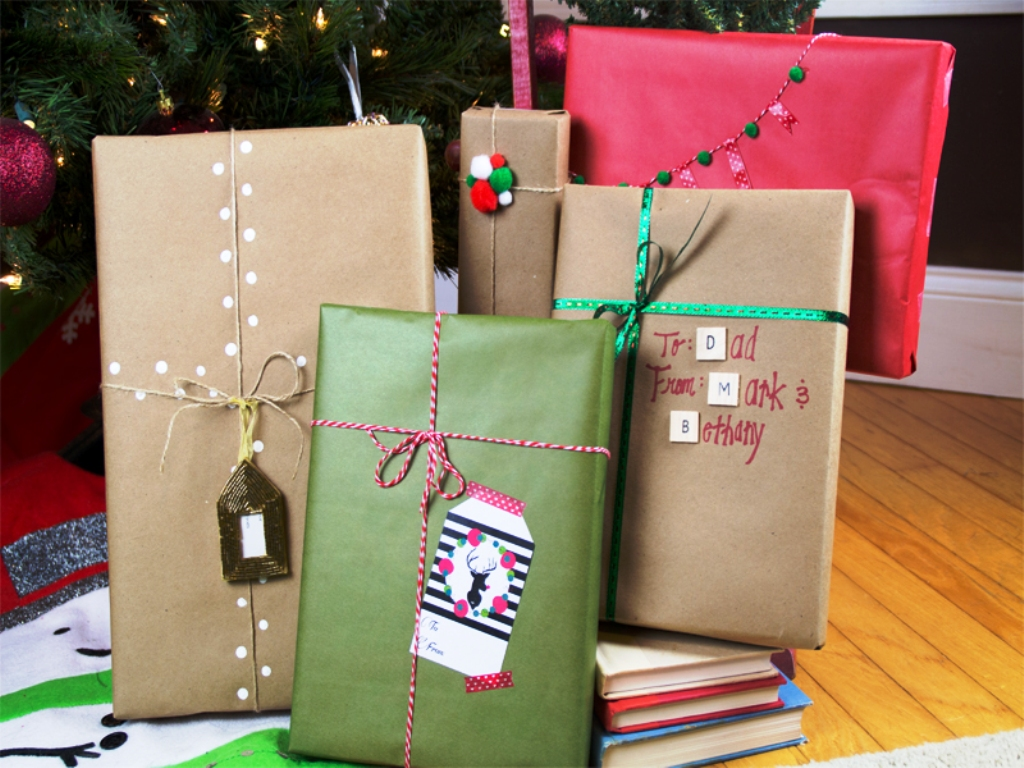 christmas-gift-wrapping-ideas-using-kraft-paper