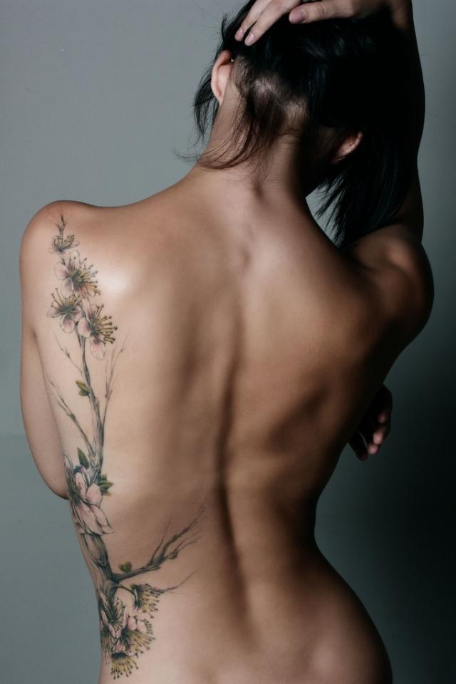 cute-tattoo-ideas-for-women-32