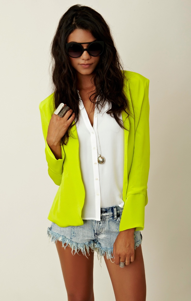 neon-outfit-ideas-1
