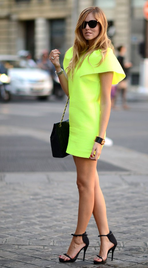 neon-outfit-ideas-13