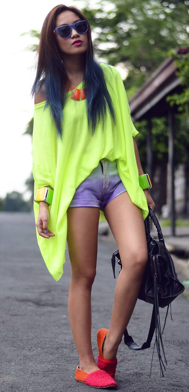 neon-outfit-ideas-17