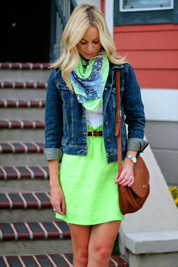 neon-outfit-ideas-25