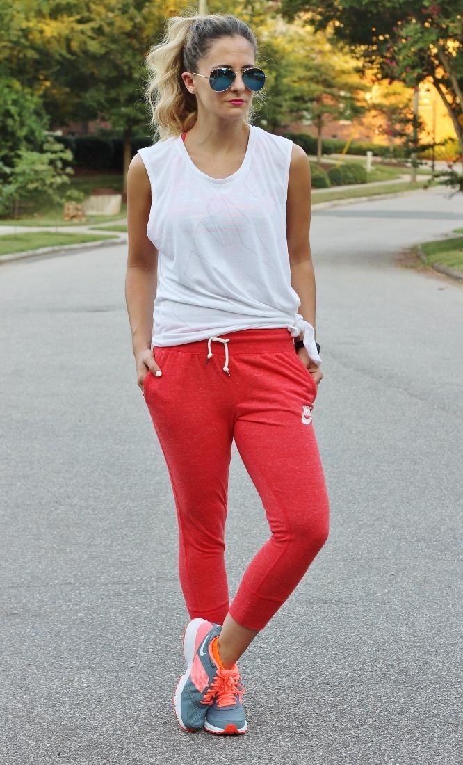 stylish-sweat-pants-outfit-4