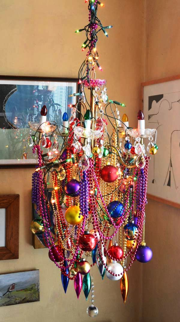 chandelier-decoration-for-christmas