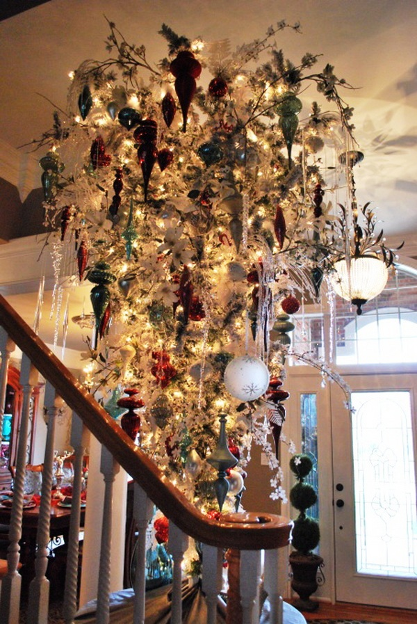 christmas-chandelier-ideas-to-try