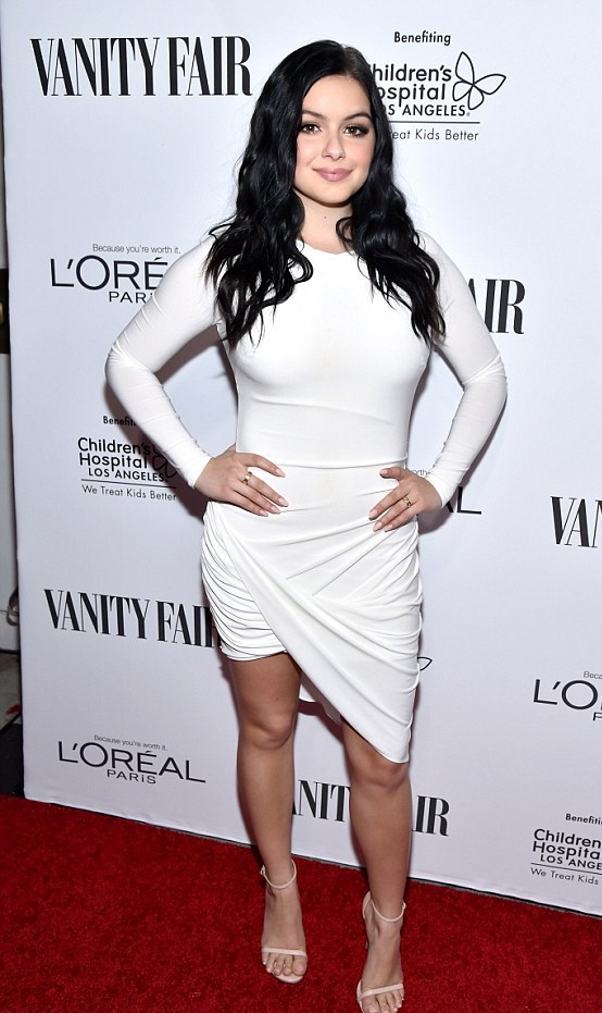 ariel-winter-wows-in-white