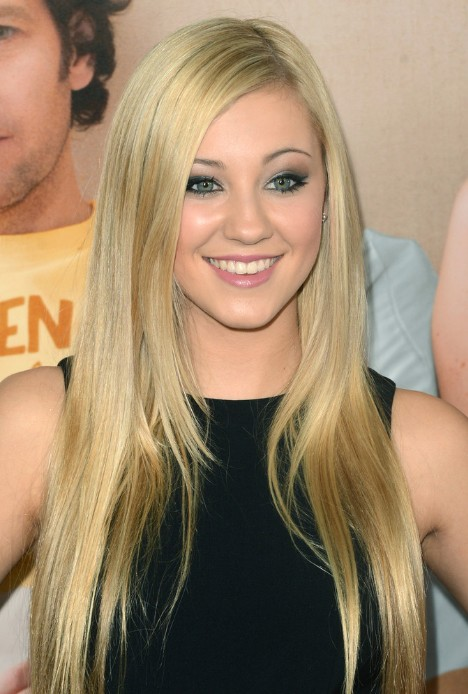 blonde-straight-long-hairstyles