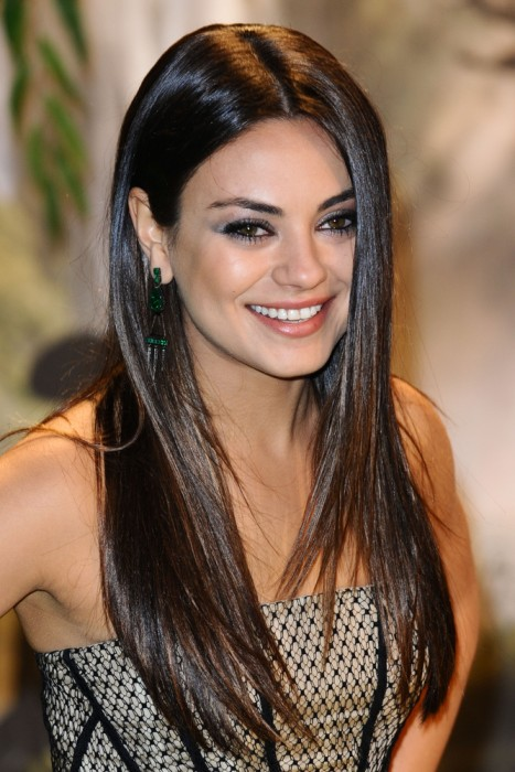celebrity-hairstyles-long-black-straight-hairstyles