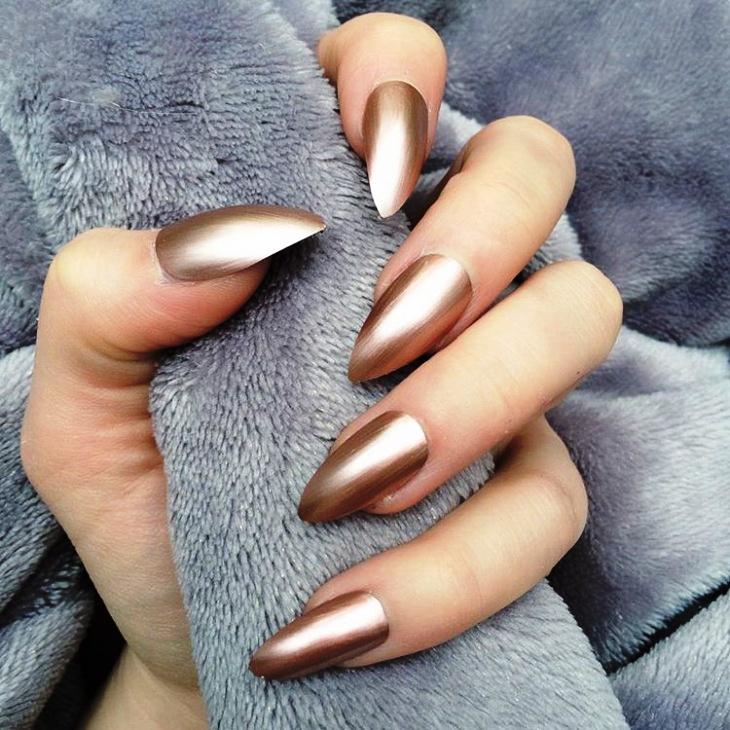 fantastic-metallic-nail-design