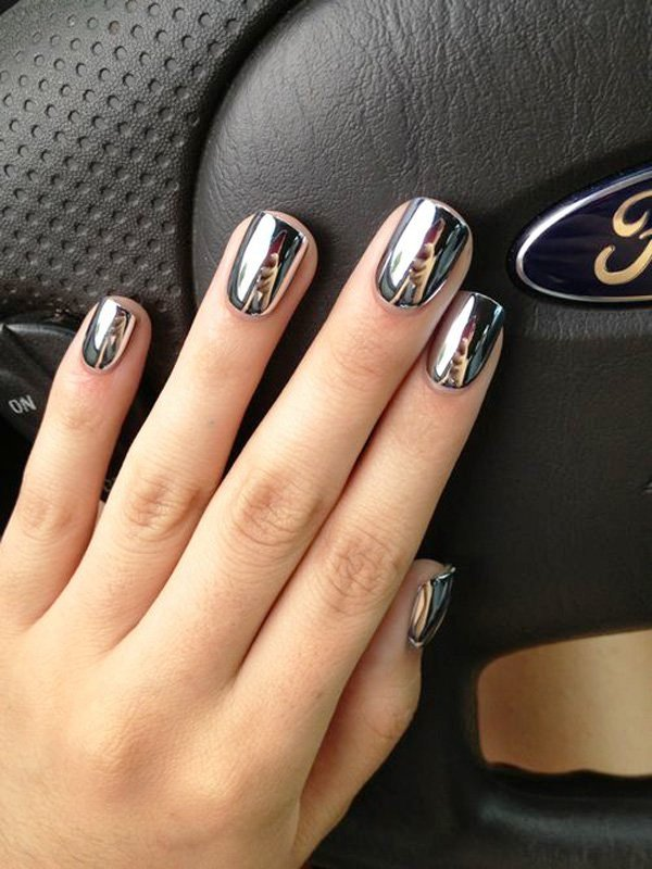 metallic-manicures