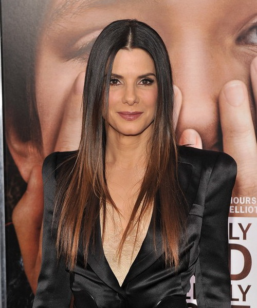 sleek-and-straight-long-hair