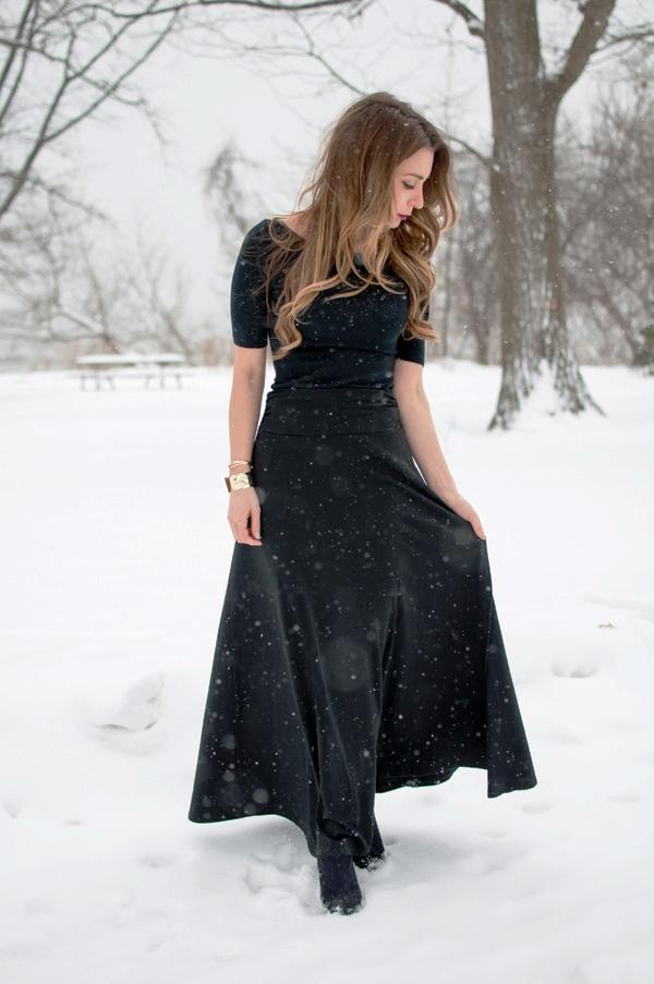 all-black-maxi-skirt-winter