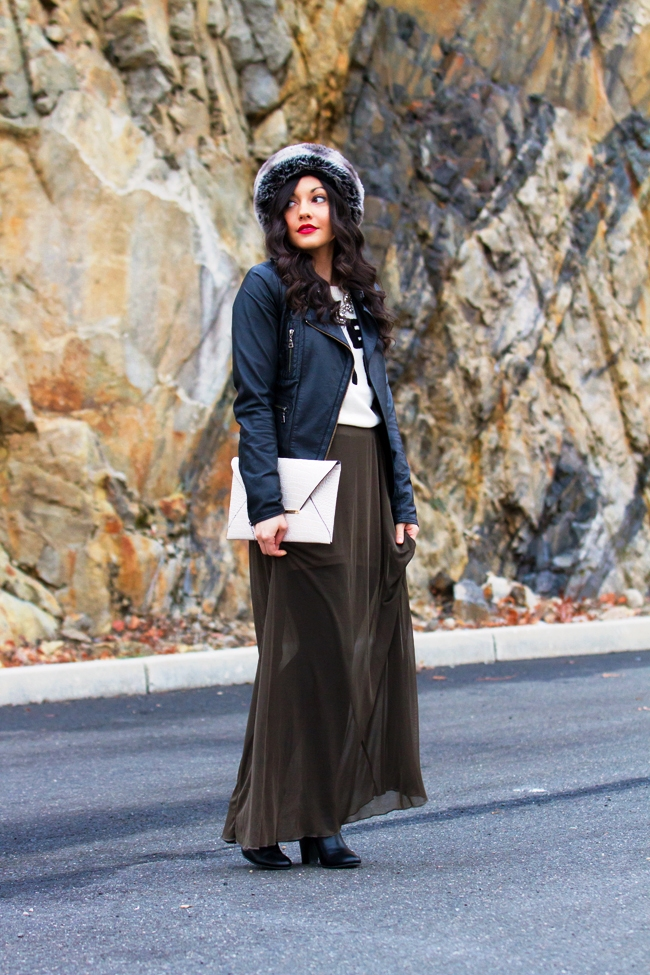 black-maxi-skirt-outfits-winter