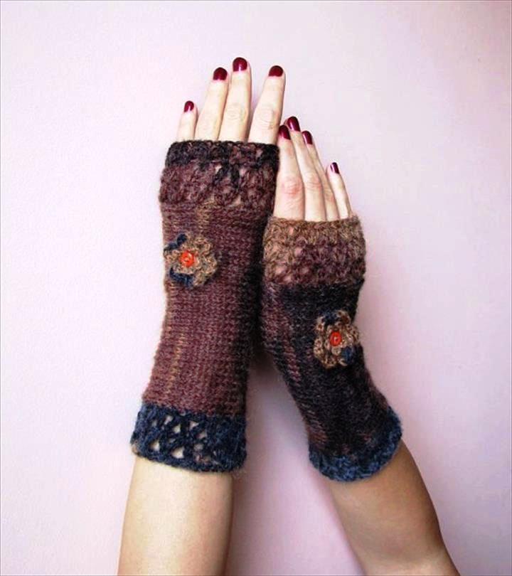 feminine-crochet-fingerless-gloves-in-browns-and-charcoal-grey