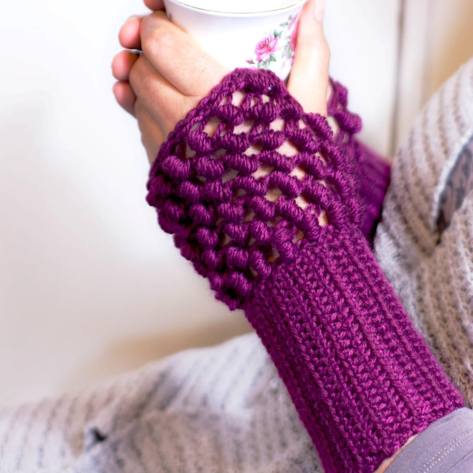 modern-women-fingerless-glove