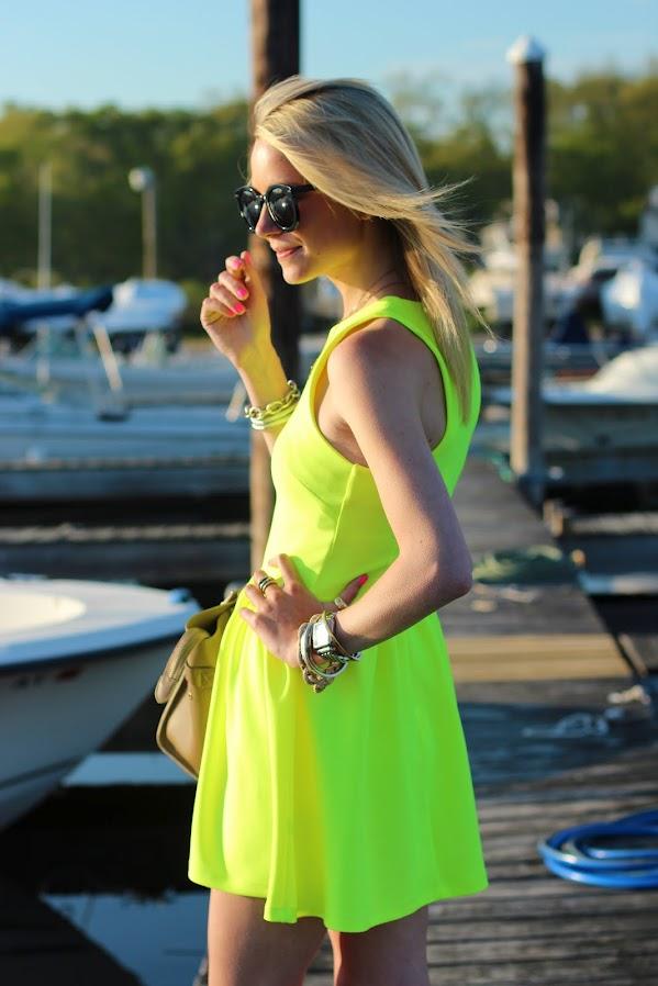 neon-party-wear
